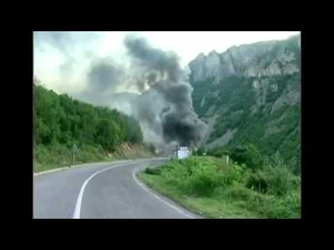 Reuters, Ethnic Serbs set Kosovo border post on fire