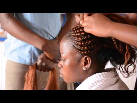 Coiffeuse Lehre in Togo