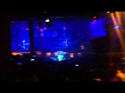 Ibiza - Amnesia - Beat Drop w/ Dancing Light Woman