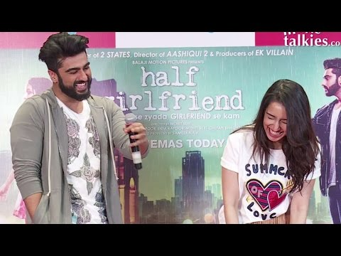 Arjun Kapoor TROLLS Media Reporter | FUNNY Video