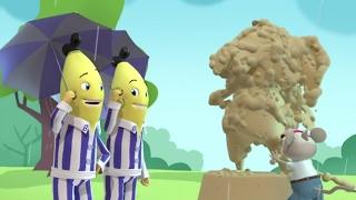 Old Porridge Statue - Bananas in Pyjamas Official