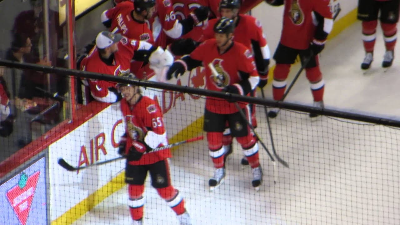 reputable site 78370 9d349 Erik Karlsson scores a goal at the Devils @ Senators hockey game