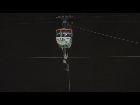 Rheinseilbahn steckt mit Fahrgästen fest - Dramatische Rettung in Köln am 21.10.2014 + O-Töne