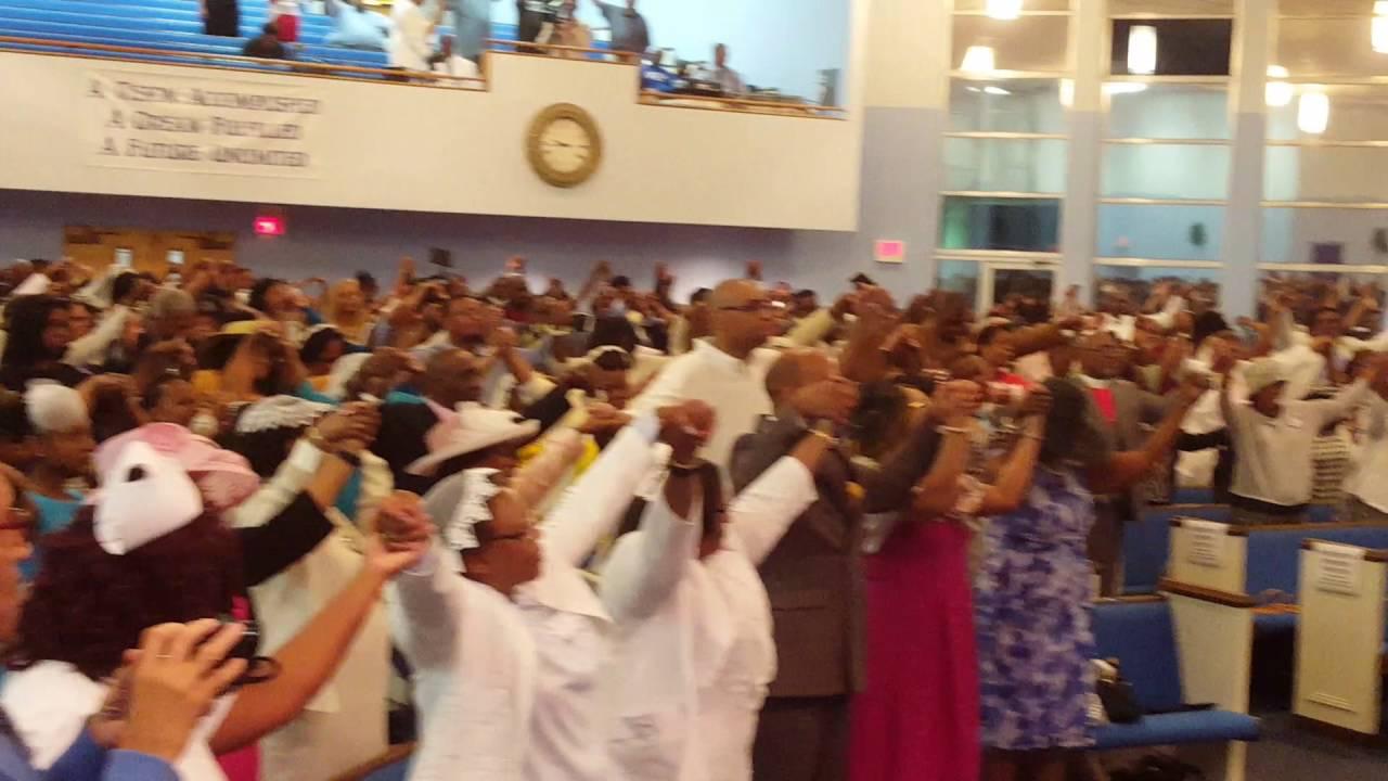 bishop marvin winans preaching/praise break house of god