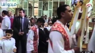 بالفيديو: مدير أمن مطروح يشارك الاخوة الاقباط إحتفالاتهم بأعياد القيامة بكنيسة العذراء