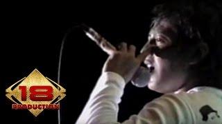 Tipe-X - Sakit Hati  (Live Konser Menado 16 Agustus 2006)