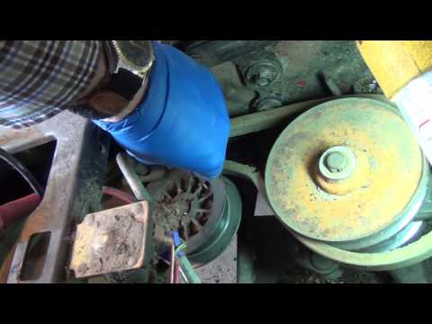 Replacing the rear drive belt on 1997 HUSKEE lawn tractor by MTD