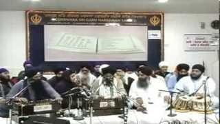 Bhai Manpreet Singh ji Kanpuri Manchester Akhand Kirtan Smagam 2013 Friday Evening 13/12/13