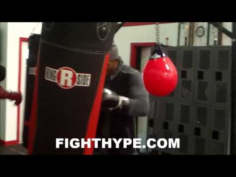 THOMAS WILLIAMS ATTACKS HEAVY BAG; GETTING IN BEAST MODE FOR MARCUS BROWNE CLASH