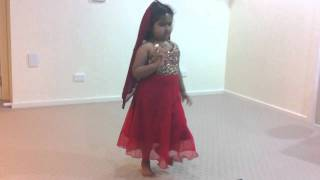 Apoorva Danced for song from Galipata movie
