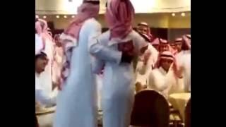 Repeat youtube video انستقرام هشومي الرياض يهز بفرح احد الامرء السعودين
