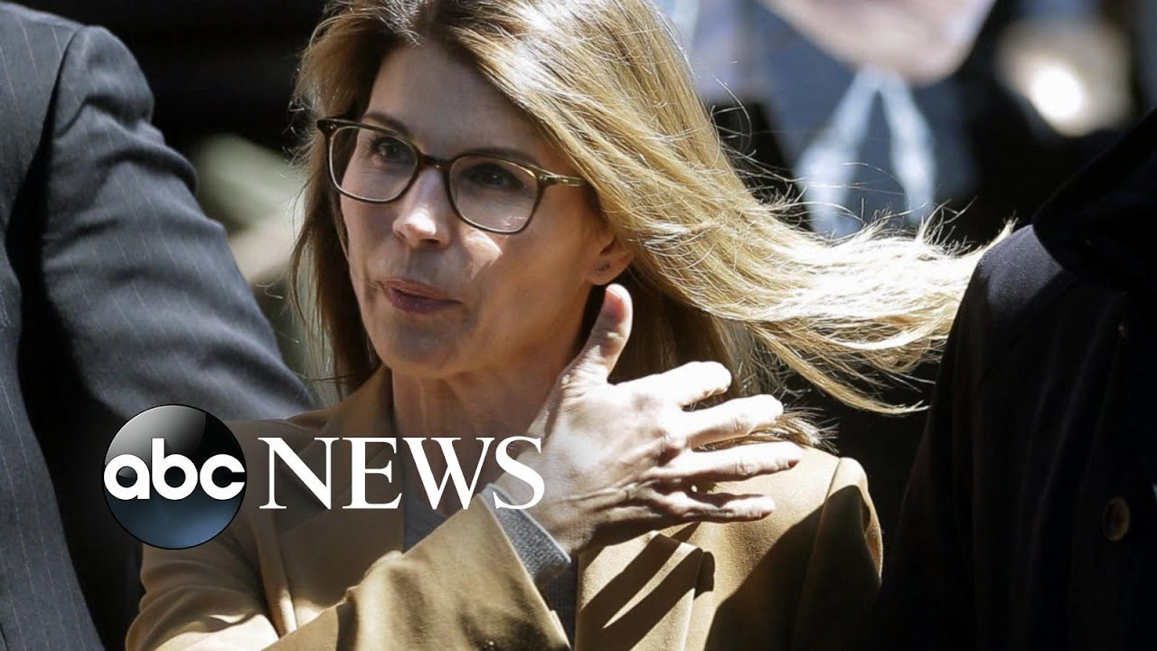 ABC News:Lori Loughlin 'panicking' before court appearance: Report | ABC News