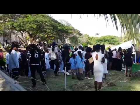 Nation Update: Tavon Alleyne's funeral - Dauer: 45 Sekunden