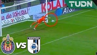 ¡Toño ataja el penal! | Chivas 3 - 0 Querétaro | Liga Mx - AP 19 - J18 | TUDN