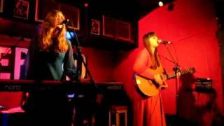 First Aid Kit - Still Feeling Blue (Gram Parsons cover)