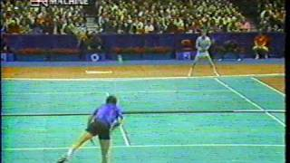 John McEnroe breaks racket... unintentionally!!