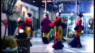 Syura - Rembulan Merah (Official Music Video)