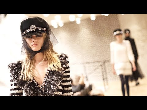 Chanel | Pre-Fall 2017/2018 (Paris/Hamburg) Full Fashion Show | Exclusive
