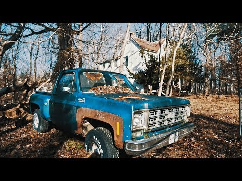 Abandoned House With Antique Cars Left Behind!!!