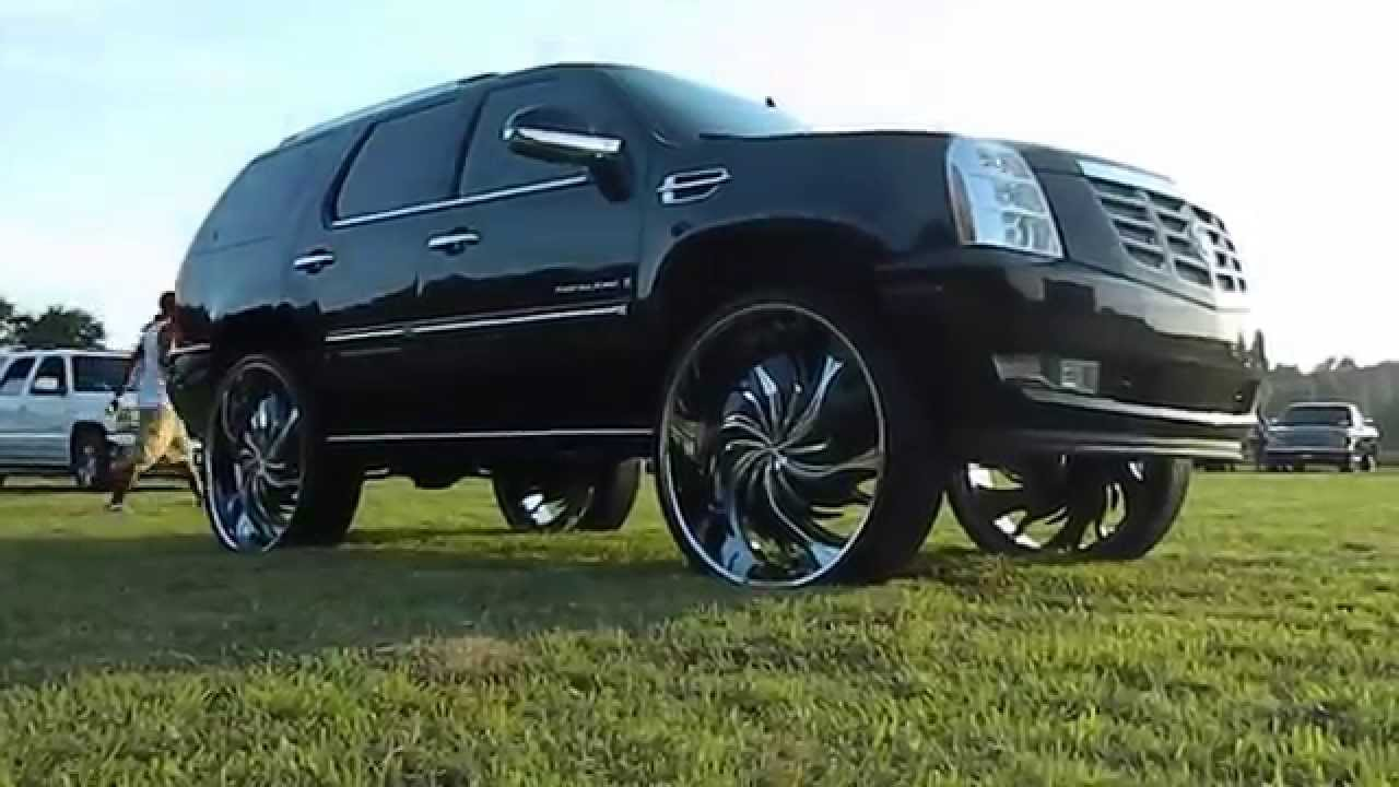 Black Cadillac Escalade On 32 Quot Starr Wheels