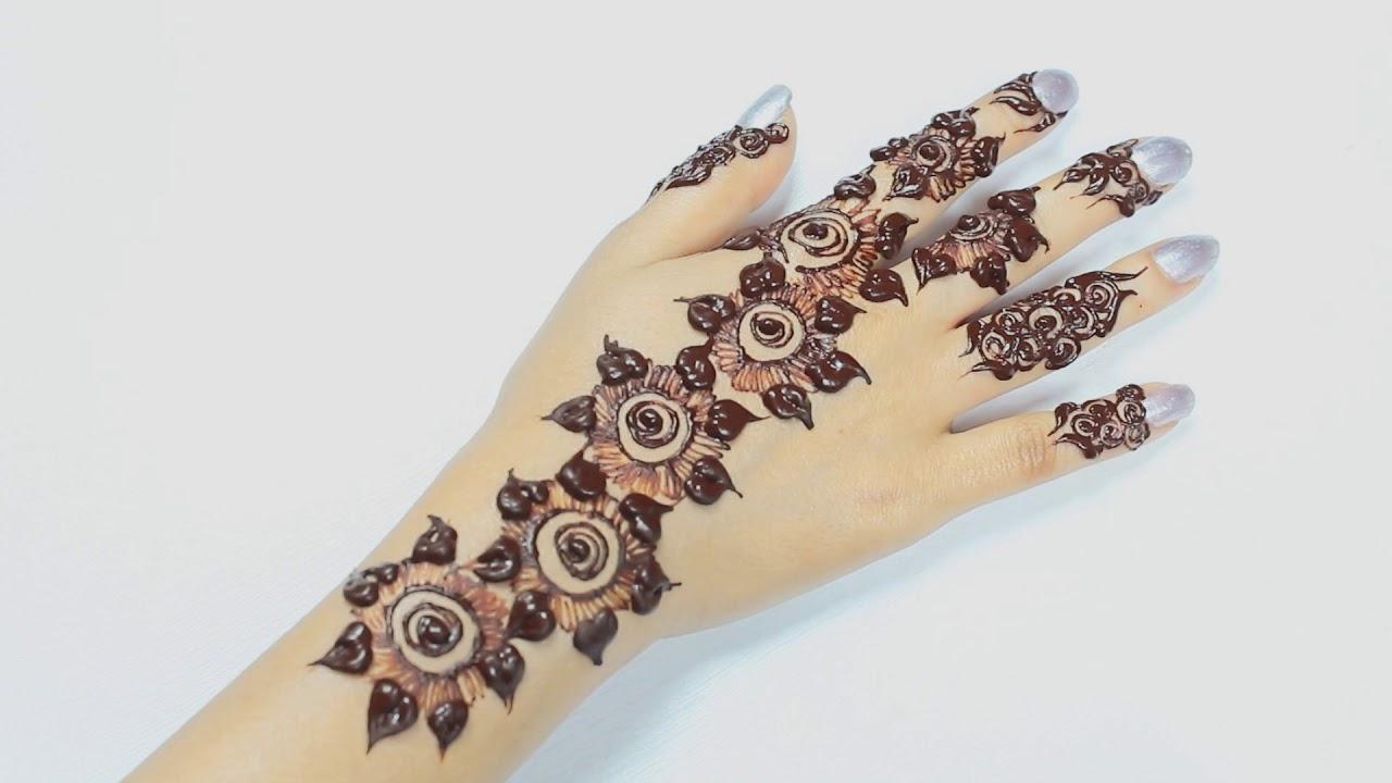 Mehndi For Teenage Girls : Cutest one finger flowers strip mehndi henna design special for