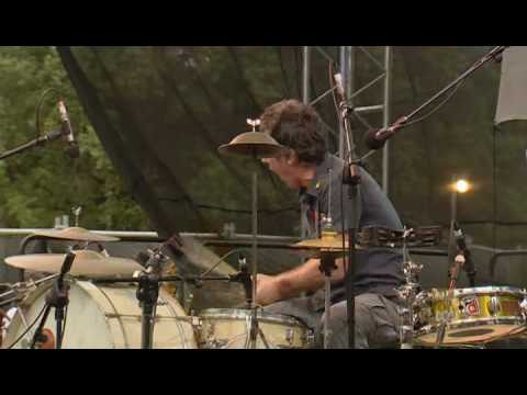 Backsliders - Rob Hirst Drum Solo - Womadelaide 2007