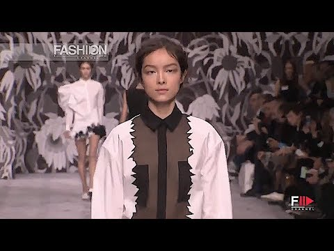 VIKTOR & ROLF Fall 2013 2014 Paris - Fashion Channel