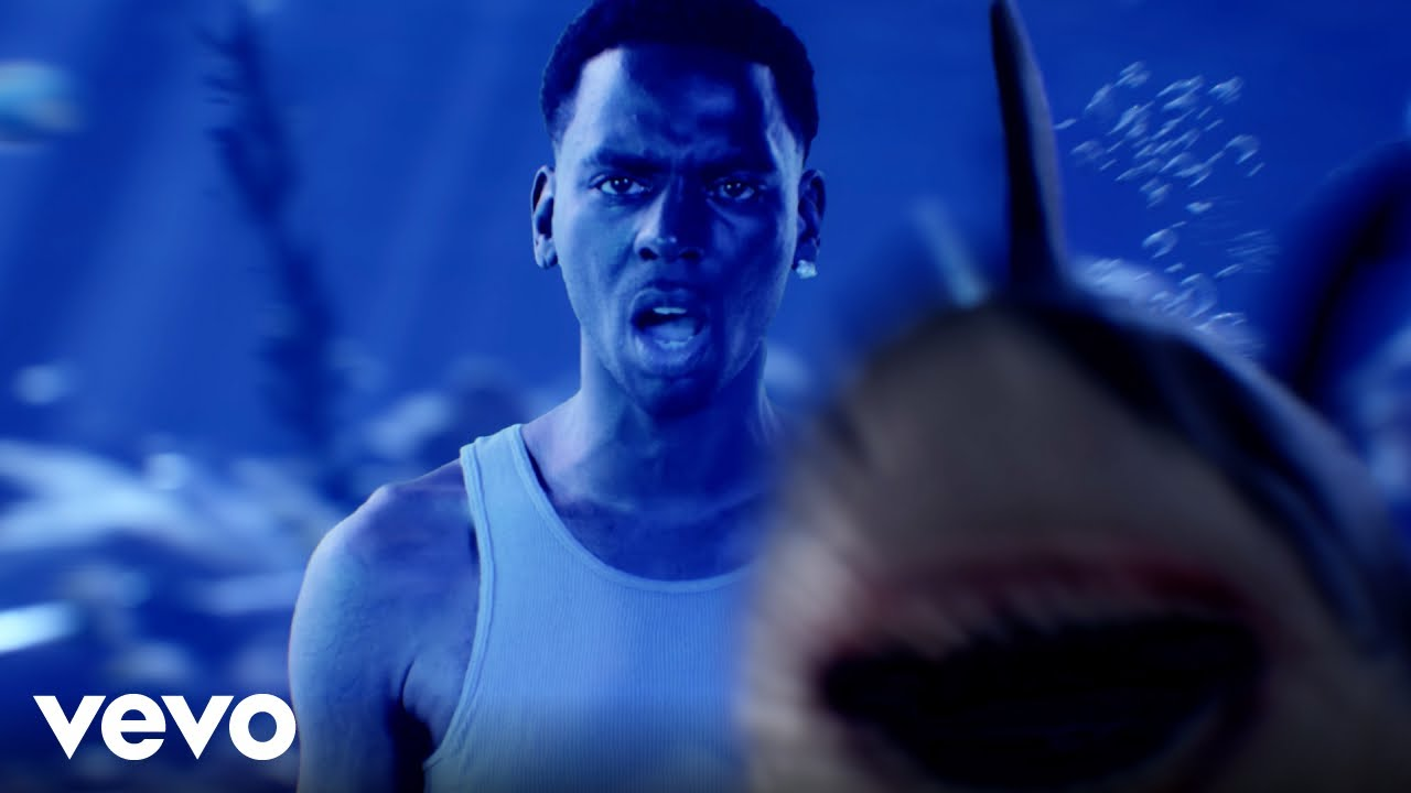 Download Young Dolph - Talking To My Scale (Official Video)