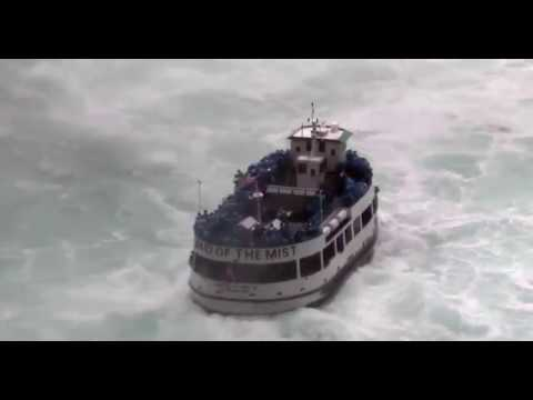 Niagra Face Shot | Wacky Speed Boats #8 | Avalon Luxury Pontoons