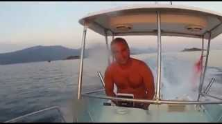 Speed boat jumping waves adventure - Fast, fun, exciting and unique ride on boat
