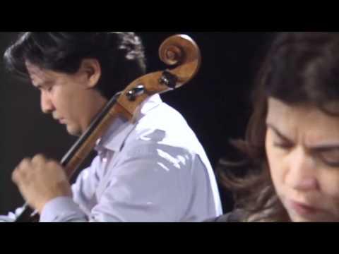 Claudio Bohórquez & Katia Skanavi playing Shostakovich and Schumann (Berlin 2011)
