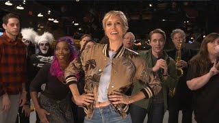 Kristen Wiig & SNL Cast Does EPIC Mannequin Challenge & Leaves Leslie Jones Confused