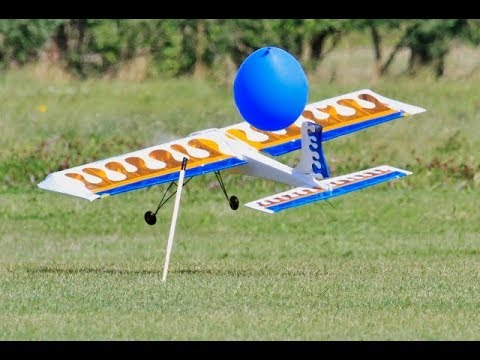 EVOLUTION FUSION FUNFLY 3D BALLOON POPPING DEMO AT RC WINGS & WHEELS SPECTACULAR - 2017