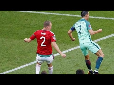7e0421b9d498c Gol de Cristiano Ronaldo Portugal vs Hungria - YouTube