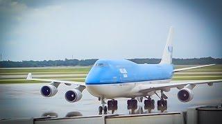 KLM Boeing 747-406M / Houston to Amsterdam / Upper Deck