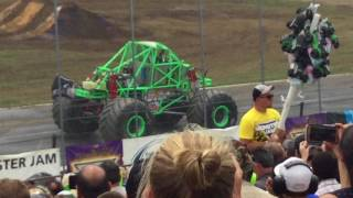Monster Jam Stafford Springs, CT 2017 Saturday Afternoon: Donut Competition