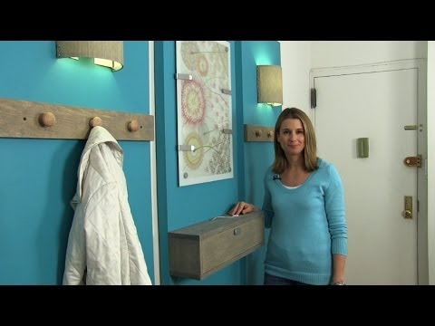 How to decorate a small apartment and create an entryway - YouTube
