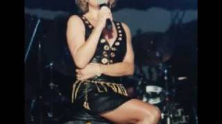 Watch Tanya Tucker Let Me Be There video