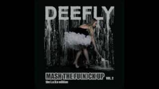 DJ DeeFly: Happy Lean Back MashUp