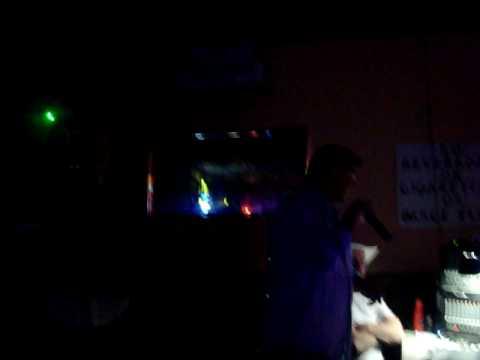 Raven karaoke