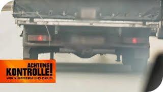 Qualmender Transporter auf der Autobahn: Werden sie gesucht? | Achtung Kontrolle | kabel eins