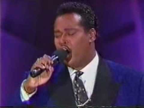 LUTHER VANDROSS - ANY LOVE (Live w / lyrics)