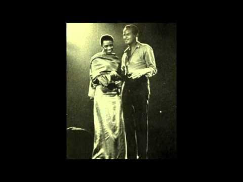 Bamotsweri by Harry Belafonte & Miriam Makeba [1962]
