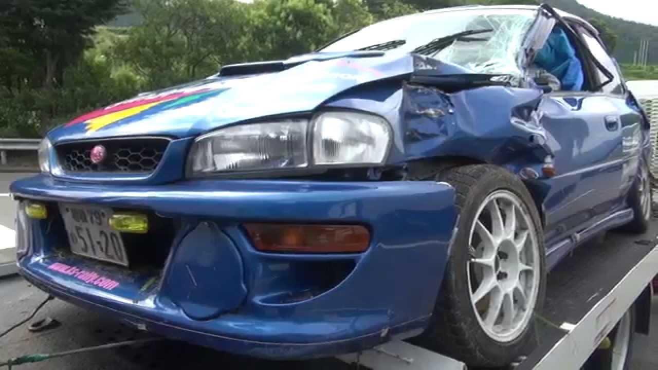 競技中の事故インプレッサのダメージと森林の損傷 CRASH SUBARU IMPREZA WRX STi - YouTube