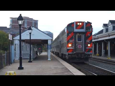 Virginia Railway Express Commuter Rail @ Alexandria Station