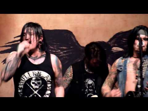Escape the Fate - Gorgeous Nightmare (Live at the District in Sioux Falls, SD)