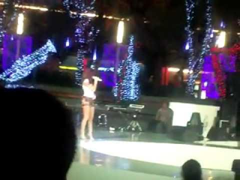 Agnes Monica - Matahariku (Christmas Celebration at Central Park Mall 26 Oct 11).mp4