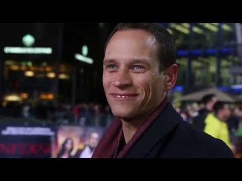 Vinzenz Kiefer Interview - hat in JASON BOURNE Matt Damon geschlagen + Kampfszene + Cobra 11