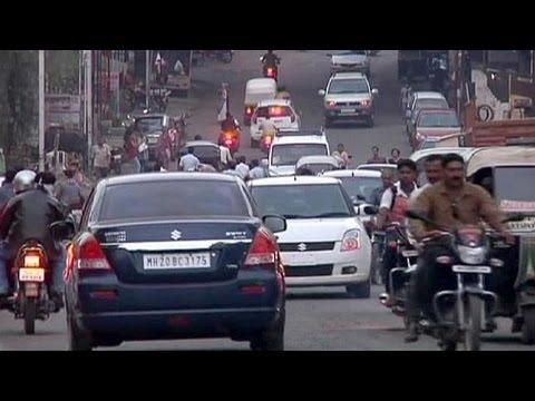 Growth slowdown stalls Indian car sales - economy