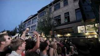 """Les Savy Fav """"What Would Wolves Do?"""" live at CHBP"""